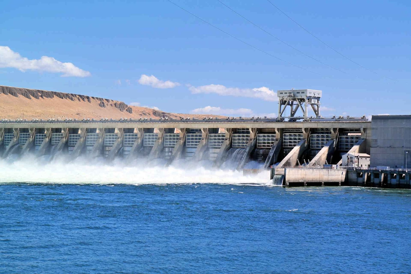 Hydroelectricity power plants