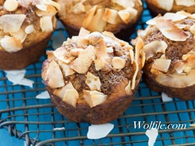 White Chocolate Greek Yogurt Banana Muffins Recipe #Cake