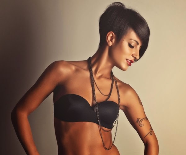 Short Hairstyles Round Face Thick Hair Page 1
