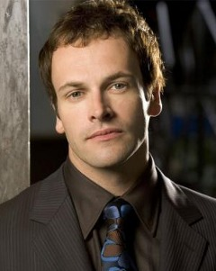 Music N' More: Hot Man Monday: Jonny Lee Miller