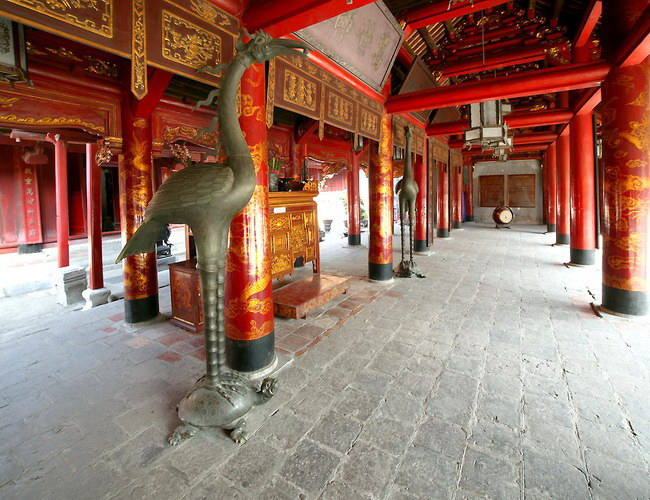 Xvlor Temple of Literature is Imperial Academy built by Lý dynasty in 1076