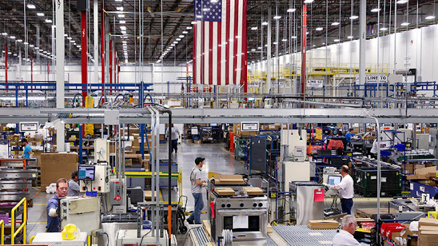 Los grandes sectores esperan con miedo las primeras acciones de Trump