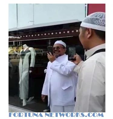 Imam Front Pembela Islam (FPI) Habib Rizieq Shihab Memberi Ucapan Selamat Kepada Prabowo Subianto
