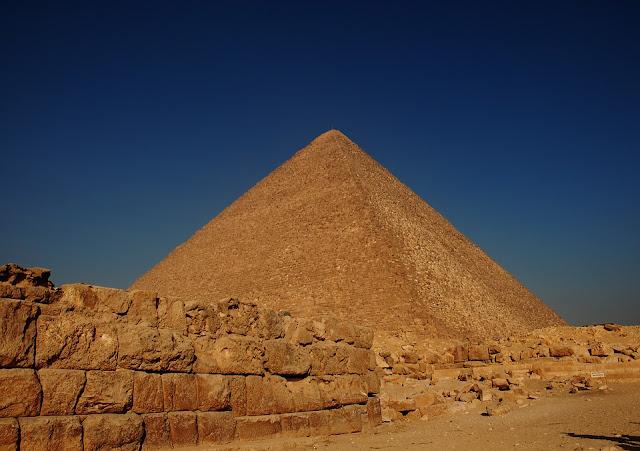 египетская-пирамида