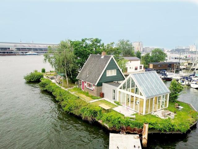 Amsterdam Ferienhaus am Wasser