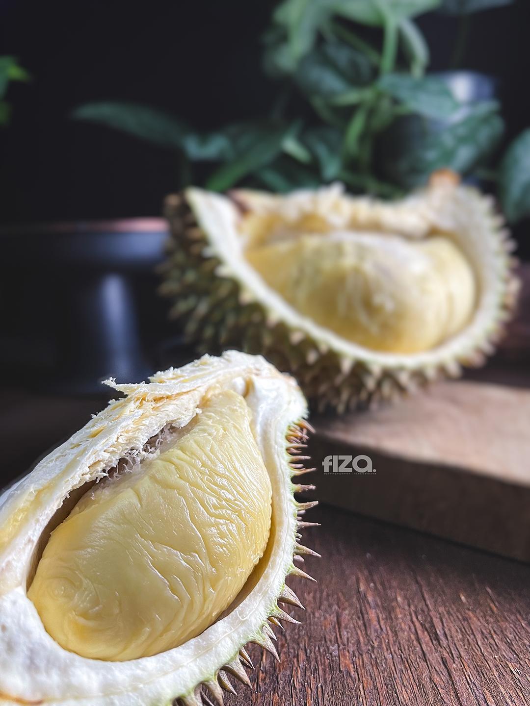 Isi buah durian kucing tidur