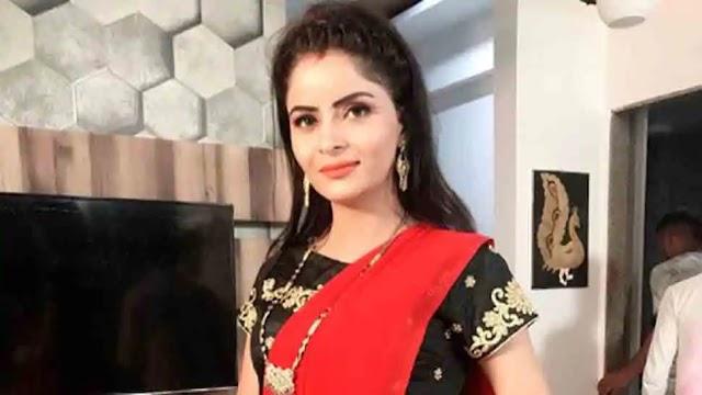 Gehna Vasisth : अभिनेत्री-मॉडल को मुंबई में अश्लील वीडियो रैकेट के लिए गिरफ्तार किया