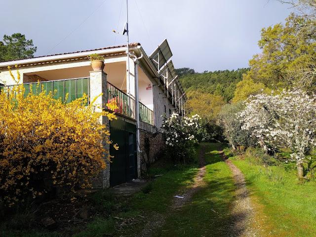 Esta casa utiliza energías renovables para su suministro eléctrico