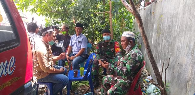 Dengan Melalui Koramil 18/Saran Padang Jajaran Kodim 0207/Simalungun Turut Berduka Dan Bantu Warga