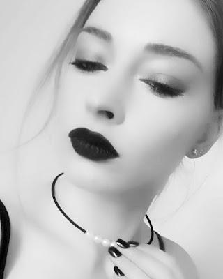Kiss Beauty Challenge - KISS Products, manucure - Sephora Rouge Velouté - Blog beauté Les Mousquetettes