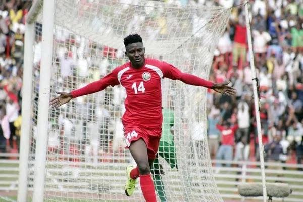 Mshambuli wa Harambee Stars Michael Olunga, akisherehekea goli la kwanza kwenye mechi dhidi ya Zambia. Picha/ Daily Nation