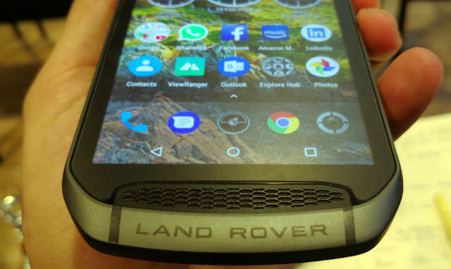 Land Rover Explore: Smartphone for adventurers