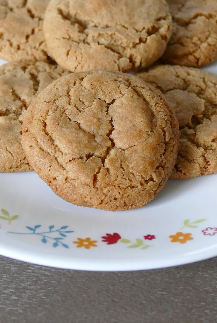 Easy to make and delicious too! Perfect for any cinnamon lover! Make for your next Christmas cookie exchange, fall party, or game day party! Great for lunches and after school snacks too!
