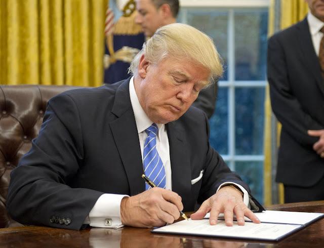 المحكمة الأميركية العليا توافق على تنفيذ أجزاء من قرار حظر المسلمين