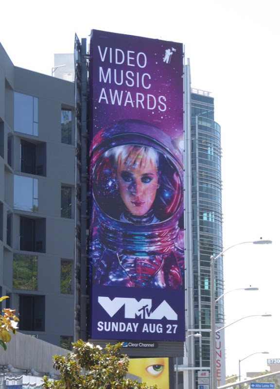 2017 MTV Video Music Awards Katy Perry billboard