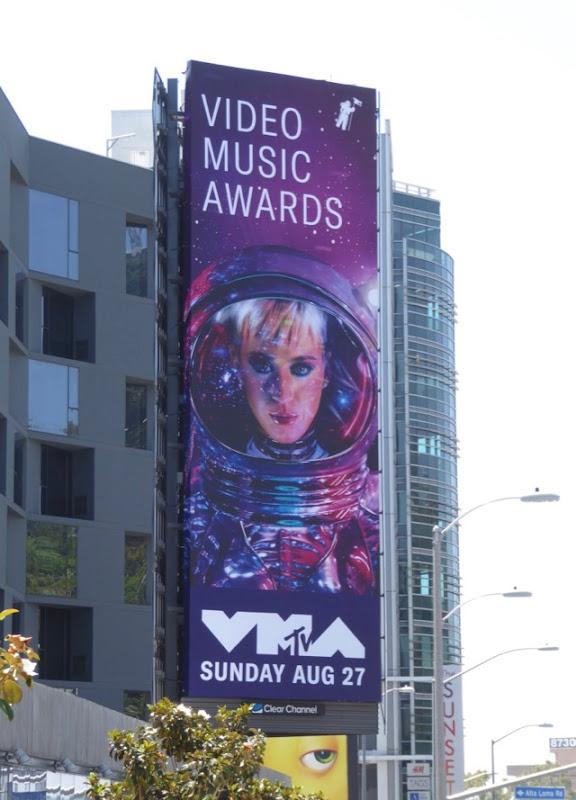 2017 MTV Video Music Awards Katy Perry billboard