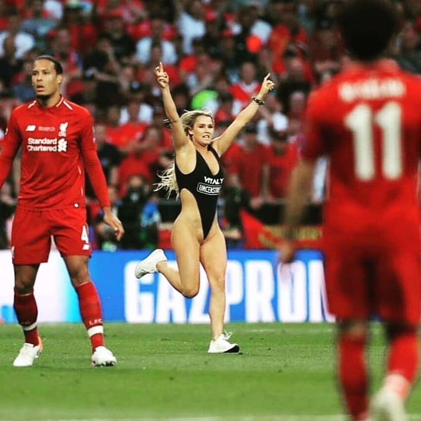 More Unseen Pitch Photos Of Kinsey Wolanski The Lady Who Invaded Eufa Champions League Final  Match In Madrid
