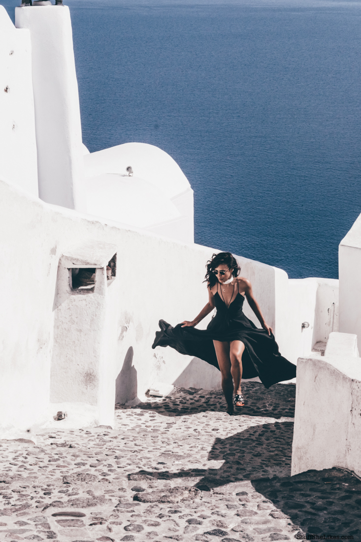 Oia, Greece, maxi dress, Stylestalker, Taye Hansberry, Stuff She Likes, Love Taye, Love Taye blog, rayban