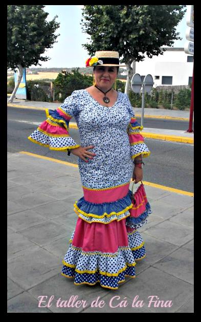 Vestida de flamenca para la Romería de Aljaraque