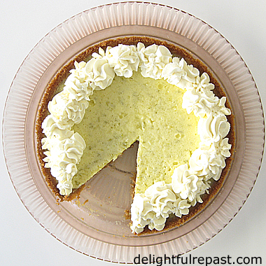 Key Lime Pie - Without Condensed Milk / www.delightfulrepast.com