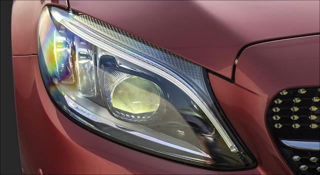 Hệ thống đèn trước Mercedes C300 AMG 2019