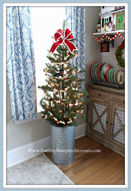 Christmas -Farmhouse- Cottage -Breakfast- Nook-Christmas-Tree-Popcorn-Garland-- From My Front Porch To Yours