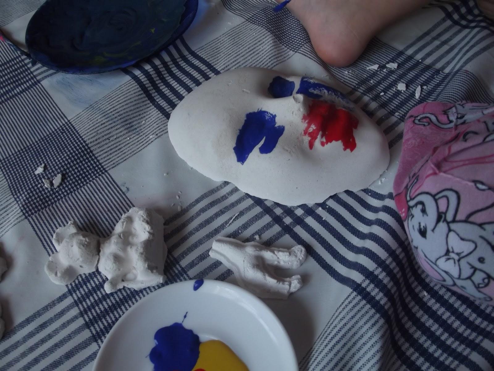 çocuğumla Eğlenirken Alçı Maske Boyama