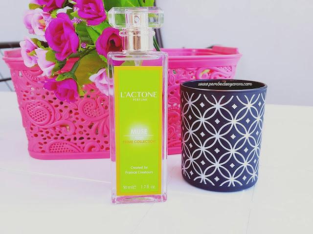 lactone floral muse parfüm