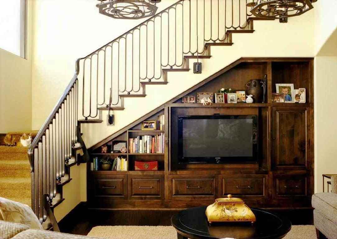 45 Ide Kreatif Memaksimalkan Ruang Bawah Tangga Rumahku Unik