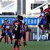 NORDESTE / Bahia 'brinca' de perder gols, Vitória aproveita e 1º BA-VI do ano termina empatado
