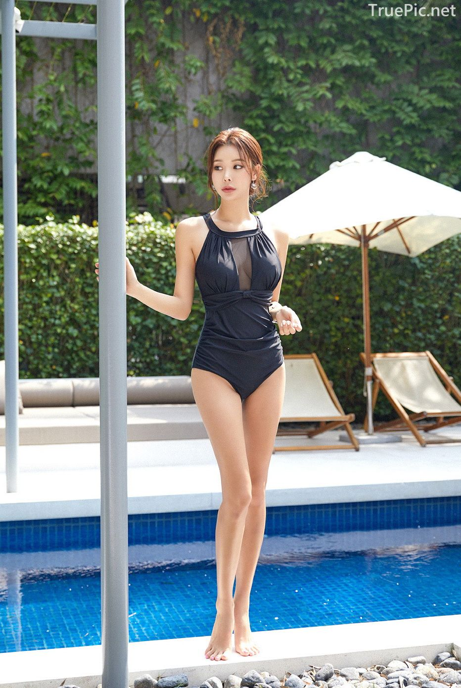 Korean model and fashion - Park Da Hyun - Chloesee Swimsuit Set - Picture 5