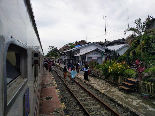 Stasiun Cikeusal