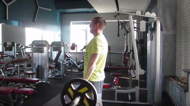 Сергей Балабин в спортзале