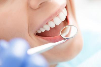 Cấy răng tháo lắp