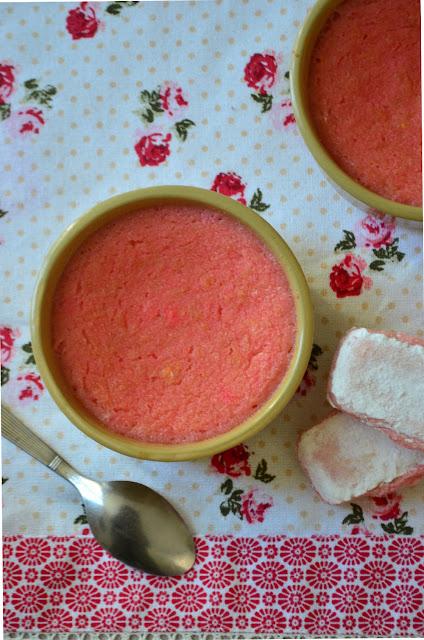 Petites crèmes aux biscuits roses de Reims