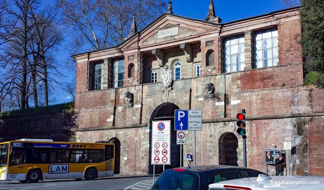 Porta San Pietro, Muralha de Lucca, Itália