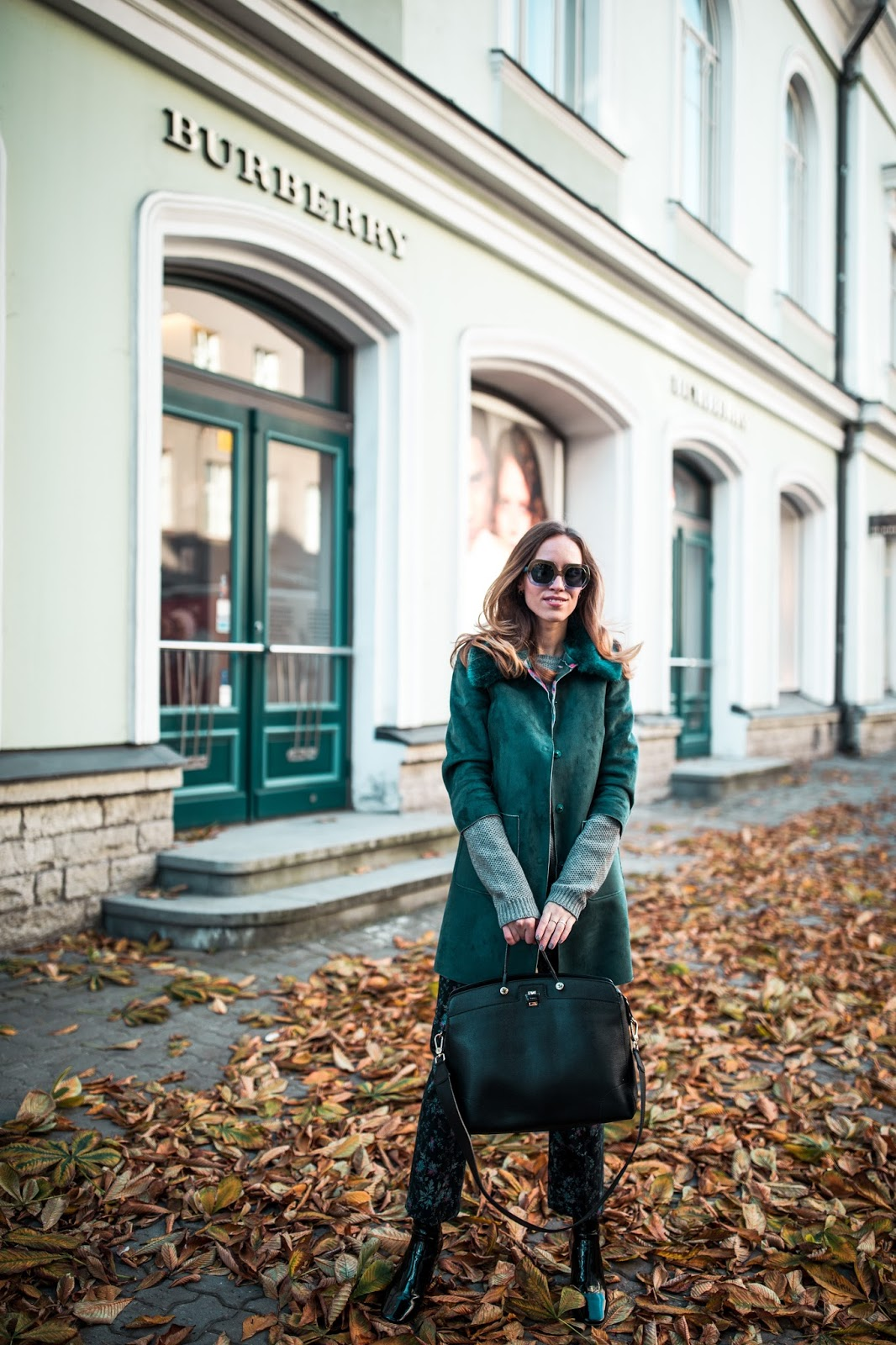 green jacket floral pants fall outfit