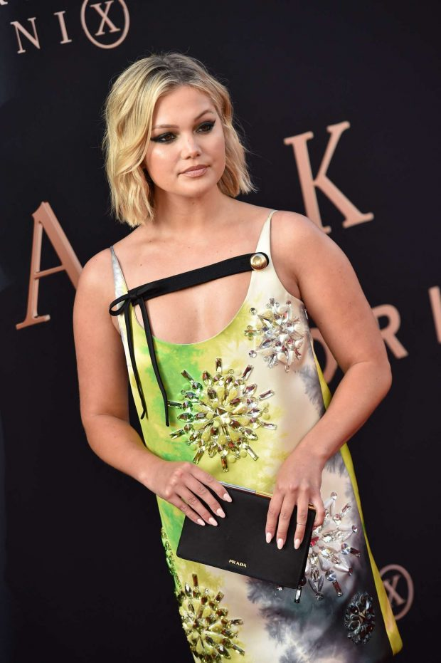 Olivia Holt Looks So Sexy