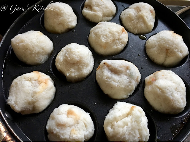 no fry bread roll | healthy version of bread roll recipe | bread appam recipe | bread appe stuffed with potato masala
