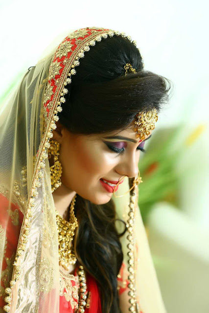 Indian bride makeup in wedding