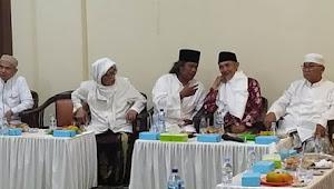 Sambangi Kiai-Kiai Jatim, Gus Muwafiq Minta Maaf Dan Ngaku Tobat