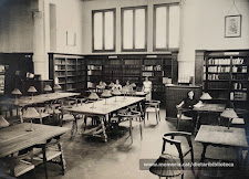 Imatge de l'interior de la biblioteca de la xarxa de la Diputació de Barcelona, inaugurada el febrer de 1929 i situada a la planta baixa de l'actual Institut Lluís de Peguera. Arxiu: Arola i Pons, F. / memoria.cat