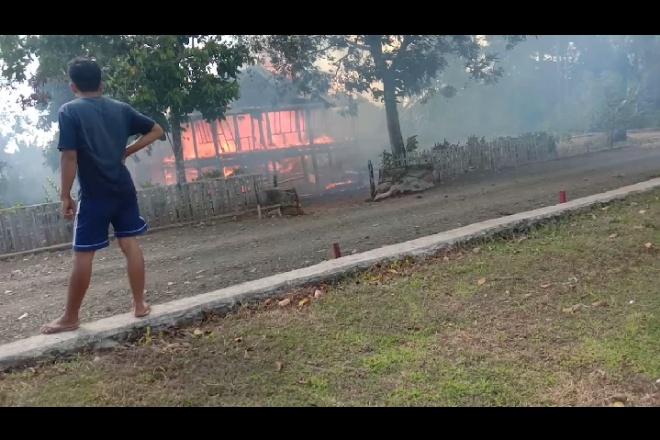 Kebakaran di Patimpeng, Hanguskan Satu Rumah