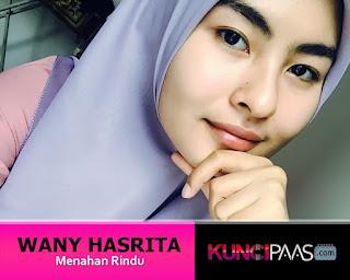 Foto Gambar Image Wany Hasrita - Menahan Rindu