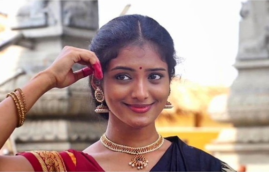 uma-maheswara-ugra-roopasya-movie-heroine-roopa-wiki