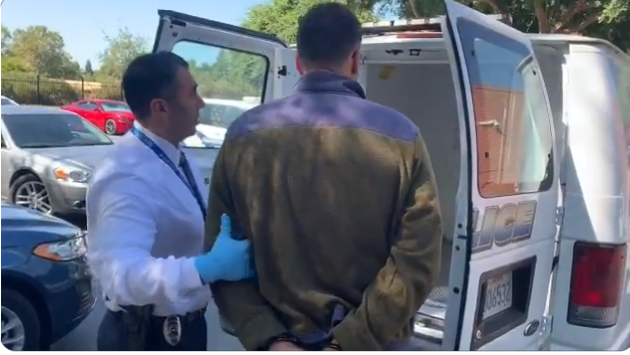 Elk Grove Ford >> Bomb Threat Suspect Arrested By Elk Grove Police Held On