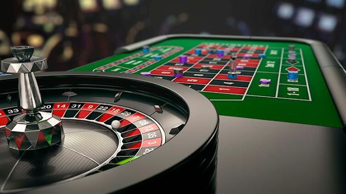 Bermain Judi Slot Online di Mesin Kasino