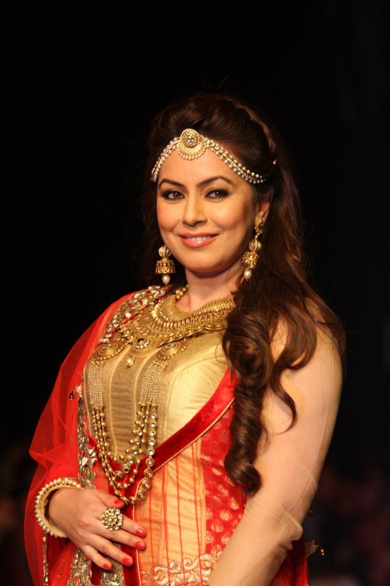 Mahima Chaudhary 20 Beautiful  Hot Photos Download -5515