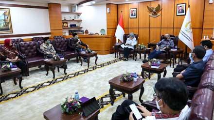 DPD RI Audiensi dengan Keluarga Besar Tamansiswa