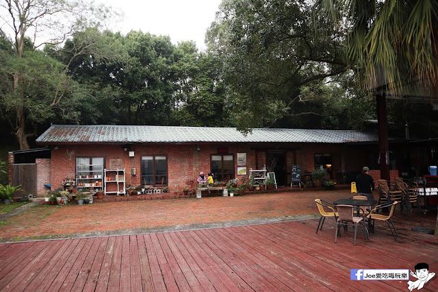IMG 1423 - 【新竹旅遊】竹科人的後花園,寶山一號水庫旁的『沙湖壢咖啡館』,午後散步喝杯咖啡的好去處,寶山水庫的風景盡收眼底
